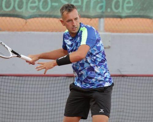 Tennisteam des TVOe mit neuem Spitzenspieler